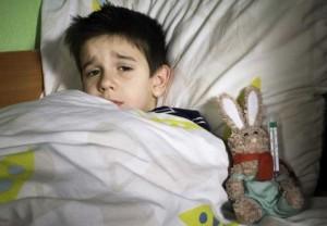 Как снять приступ кашля у ребенка ночью