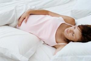 Почему во время беременности нельзя спать на спине