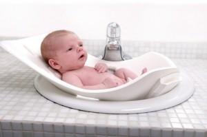 Как мыть новорожденного мальчика