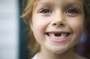 Когда меняются молочные зубы