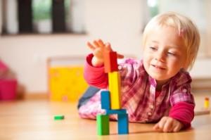 Чем занять ребенка 2,3 лет